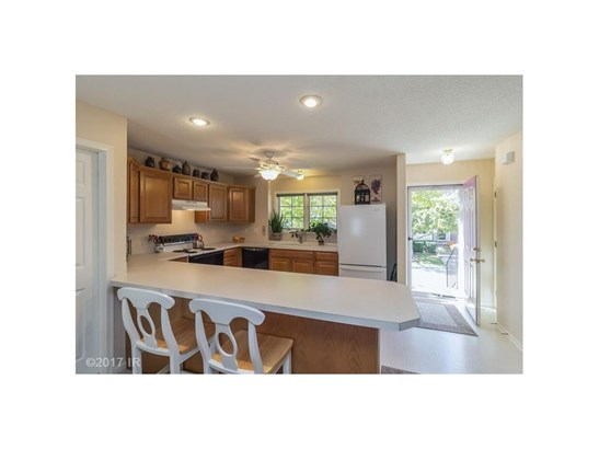 Two Story, Condo-Townhome - Des Moines, IA (photo 5)