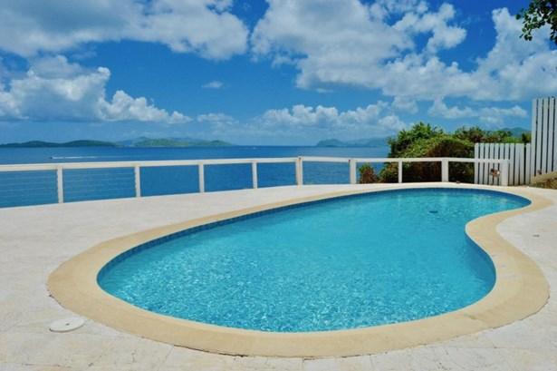 Caribbean Blues Everywhere (photo 4)