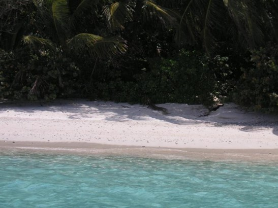 Peter Bay Beach (photo 3)