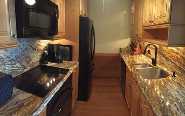 Completely Remodeled Kitchen (photo 3)