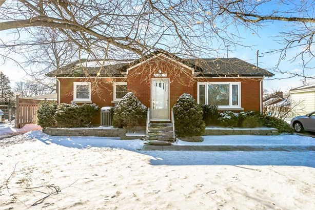 19 Nickerson Avenue, St. Catharines, ON - CAN (photo 1)