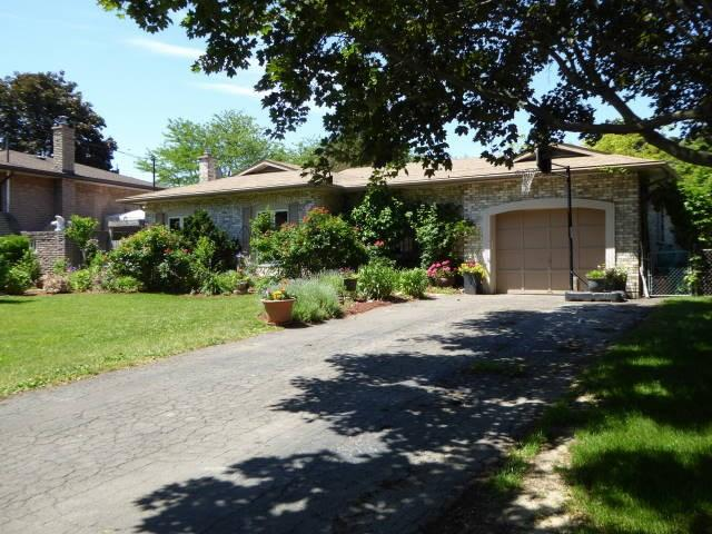 49 Spring Garden Boulevard, St. Catharines, ON - CAN (photo 2)