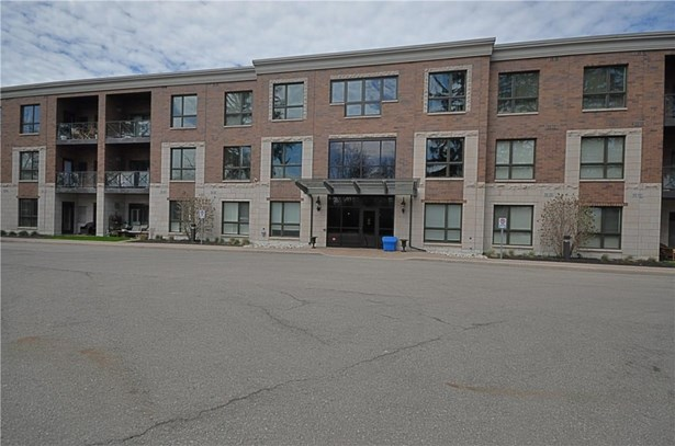 2799 St. Paul Avenue 304, Niagara Falls, ON - CAN (photo 1)