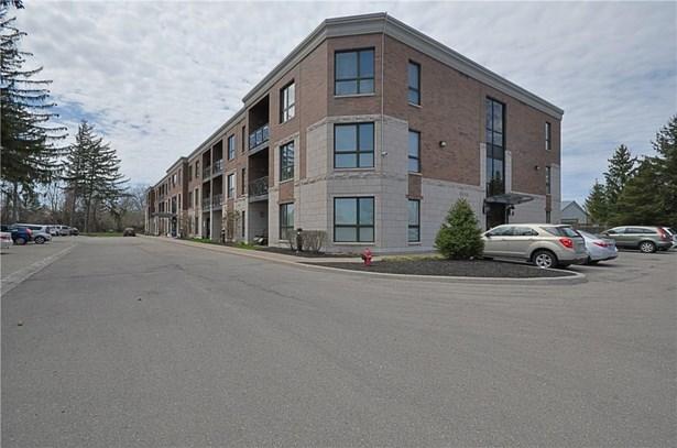 2799 St. Paul Avenue 304, Niagara Falls, ON - CAN (photo 2)