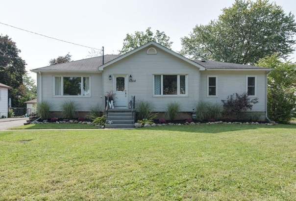6564 Stamford Green Drive, Niagara Falls, ON - CAN (photo 2)