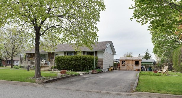 1 Balmoral Place, St. Catharines, ON - CAN (photo 2)