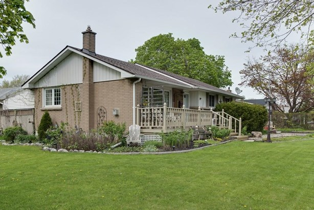 1 Balmoral Place, St. Catharines, ON - CAN (photo 3)