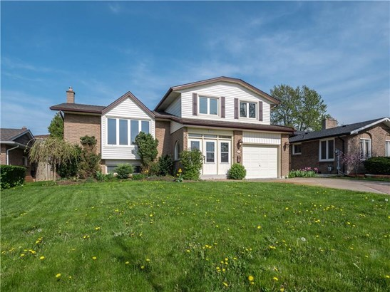 17 Valencia Drive, St. Catharines, ON - CAN (photo 1)