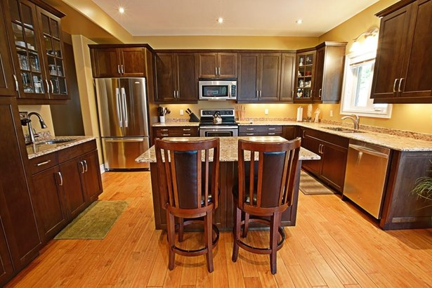 28 Red Haven Drive, Niagara-on-the-lake, ON - CAN (photo 3)