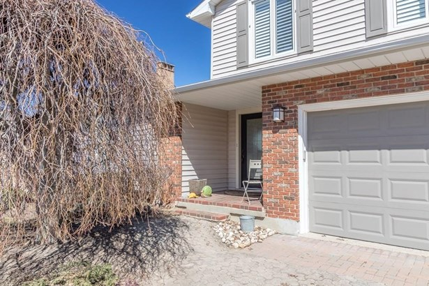 25 Westport Avenue, St. Catharines, ON - CAN (photo 2)