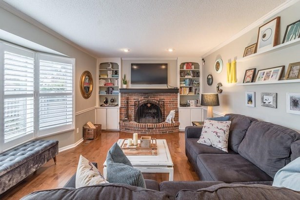 25 Westport Avenue, St. Catharines, ON - CAN (photo 4)