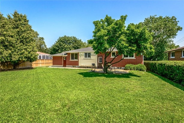 3 Bradmon Drive, St. Catharines, ON - CAN (photo 5)