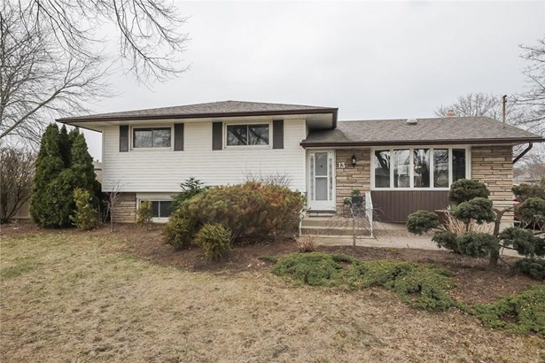 13 Brookbanks Drive, St. Catharines, ON - CAN (photo 3)