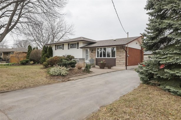 13 Brookbanks Drive, St. Catharines, ON - CAN (photo 4)