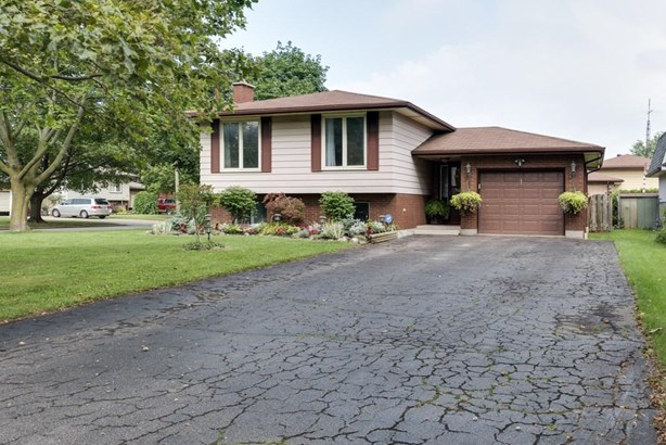 1 Linlake Drive, St. Catharines, ON - CAN (photo 2)