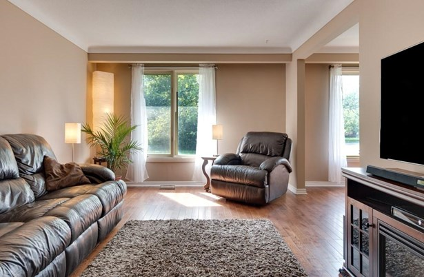 1 Linlake Drive, St. Catharines, ON - CAN (photo 3)