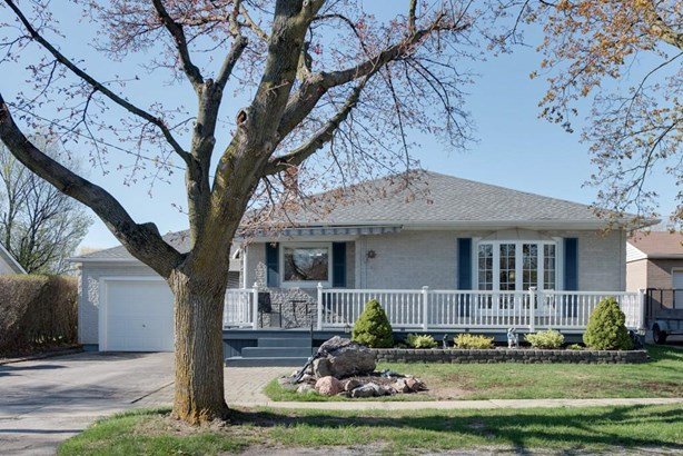 11 Glen Park Road, St. Catharines, ON - CAN (photo 1)