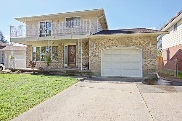 47 Meadowbrook Crescent, St. Catharines, ON - CAN (photo 1)