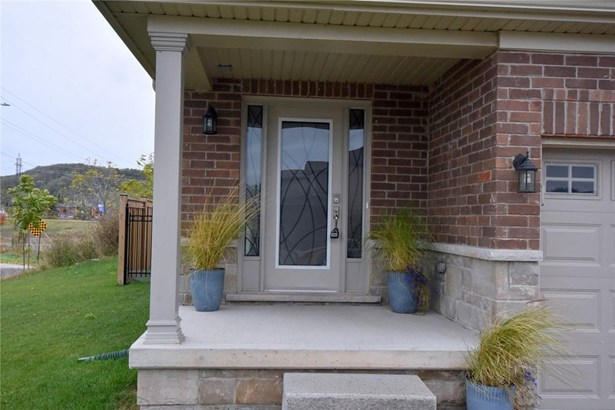 94 Lorne Avenue, Grimsby, ON - CAN (photo 3)