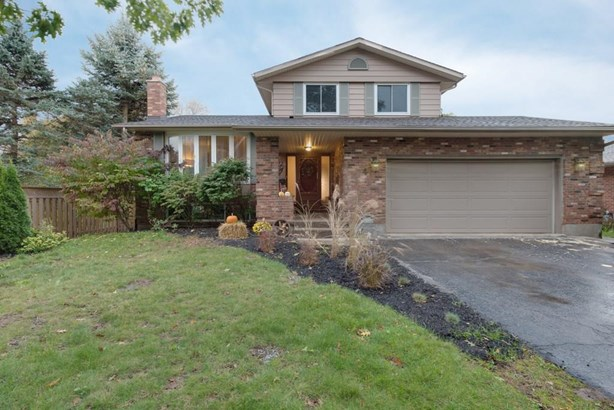 4 Vinemount Drive, Fonthill, ON - CAN (photo 1)
