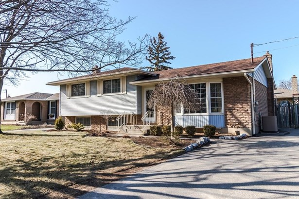 89 Pearce Avenue, St. Catharines, ON - CAN (photo 1)