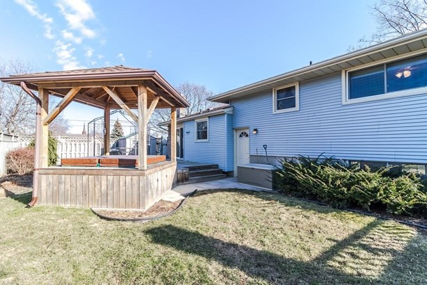 89 Pearce Avenue, St. Catharines, ON - CAN (photo 5)