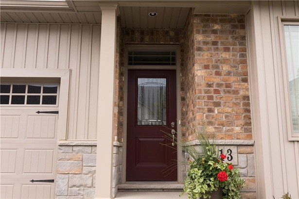 18 Olde School Court 16, St. Catharines, ON - CAN (photo 1)