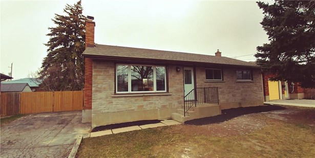 5 Kilbourne Crescent, St. Catharines, ON - CAN (photo 1)