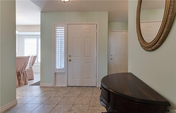 121 Glen Morris Drive 10, St. Catharines, ON - CAN (photo 2)