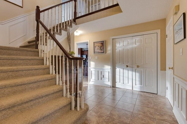 34 Cheritan Court, St. Catharines, ON - CAN (photo 4)