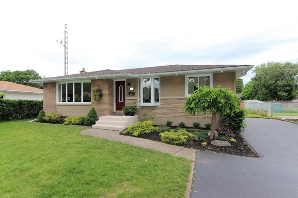 33 Monique Crescent, St. Catharines, ON - CAN (photo 1)