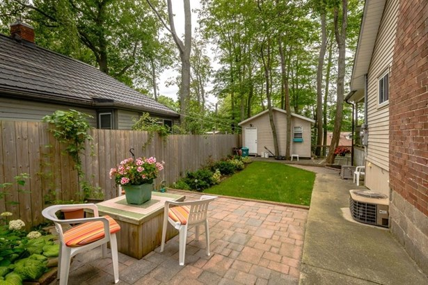 10573 Lakeshore Road , Wainfleet, ON - CAN (photo 4)