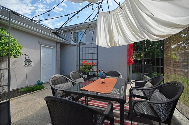 467 Bunting Street, St. Catharines, ON - CAN (photo 2)