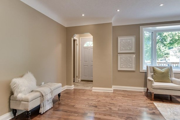87 Booth Street, St. Catharines, ON - CAN (photo 5)