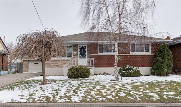 8 Myrtle Street, St. Catharines, ON - CAN (photo 1)