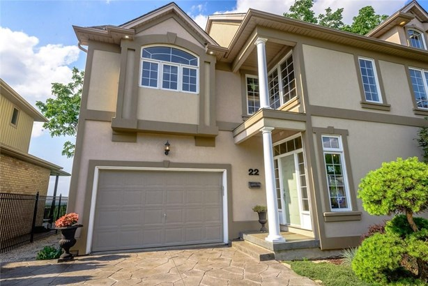 22 Ursula Avenue, St. Catharines, ON - CAN (photo 2)