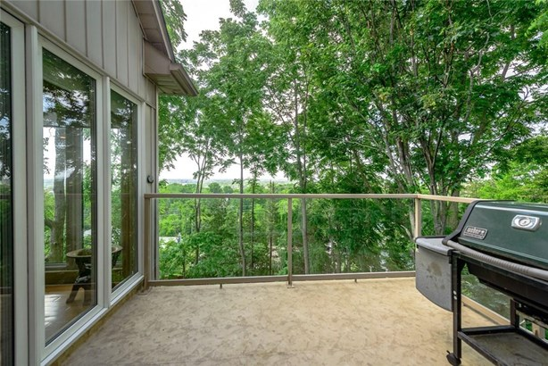 22 Ursula Avenue, St. Catharines, ON - CAN (photo 4)