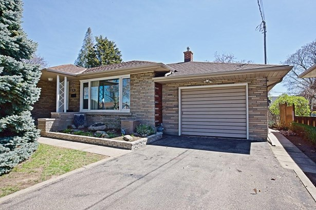 21 Overholt Street, St. Catharines, ON - CAN (photo 1)