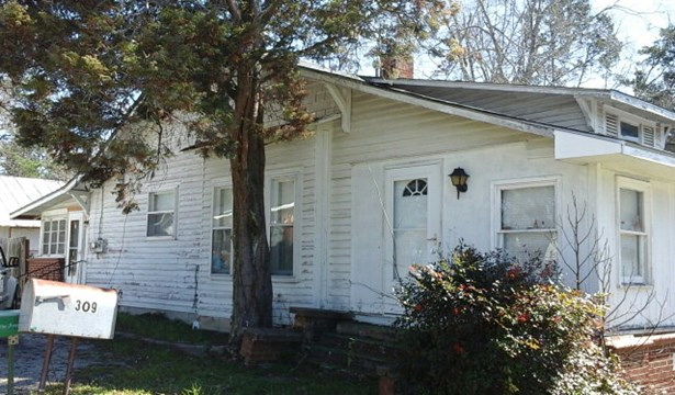 309 Center Street, Wrens, GA - USA (photo 1)