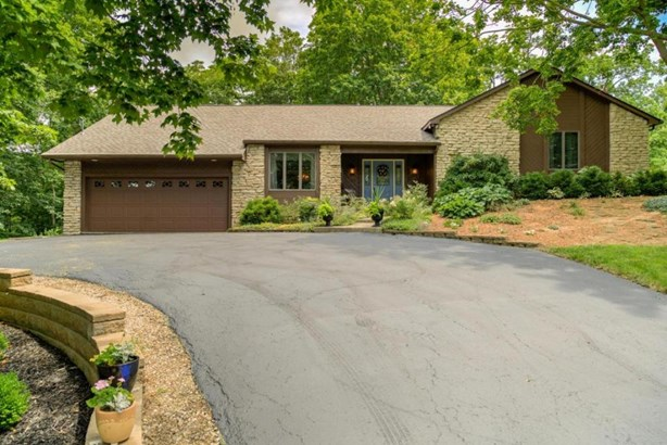 4124 Georgesville-wrightsville Road, Grove City, OH - USA (photo 3)