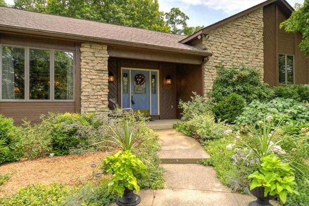 4124 Georgesville-wrightsville Road, Grove City, OH - USA (photo 5)