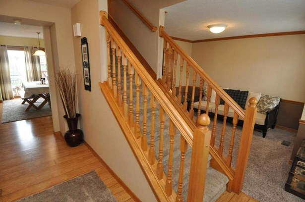 7292 Clancy Way, Westerville, OH - USA (photo 2)