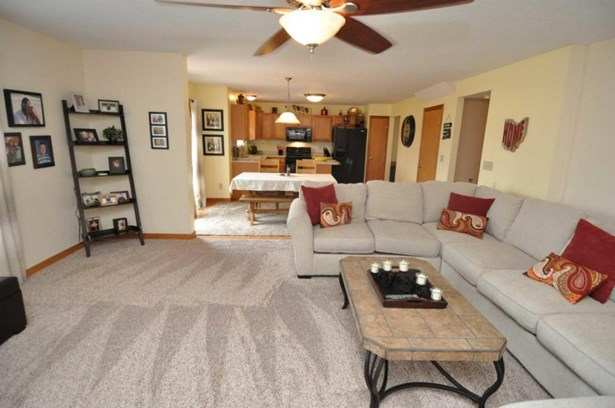 7292 Clancy Way, Westerville, OH - USA (photo 5)
