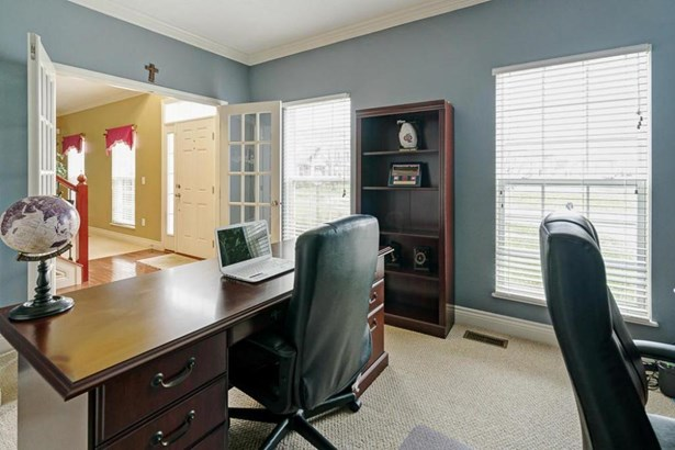 3323 Windy Forest Lane, Powell, OH - USA (photo 2)