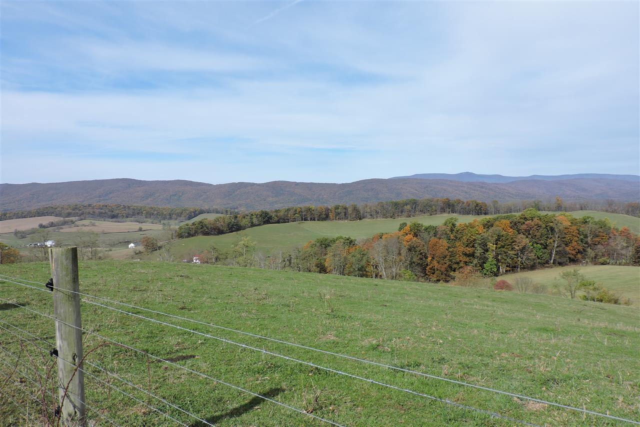 Beautiful Middlebrook Va A spot where you can see both mountain ranges this is the Alleghany Mountains.