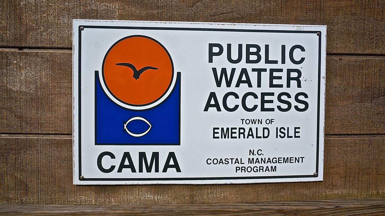 Public Access at Emerald Isle