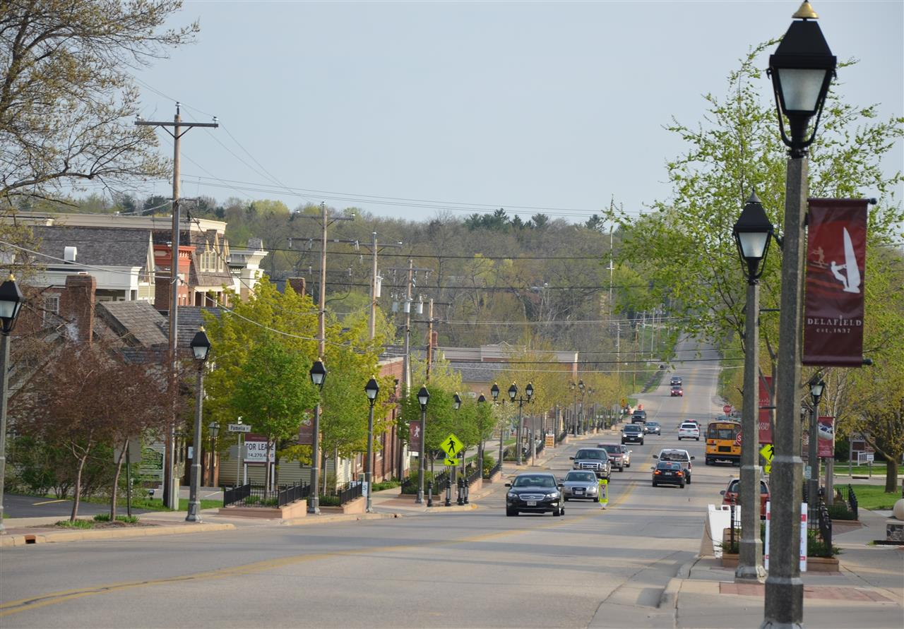 Downtown Delafield. Delafield, WI. Walk to great shopping, restaurants. Close to lakes, golf, parks.