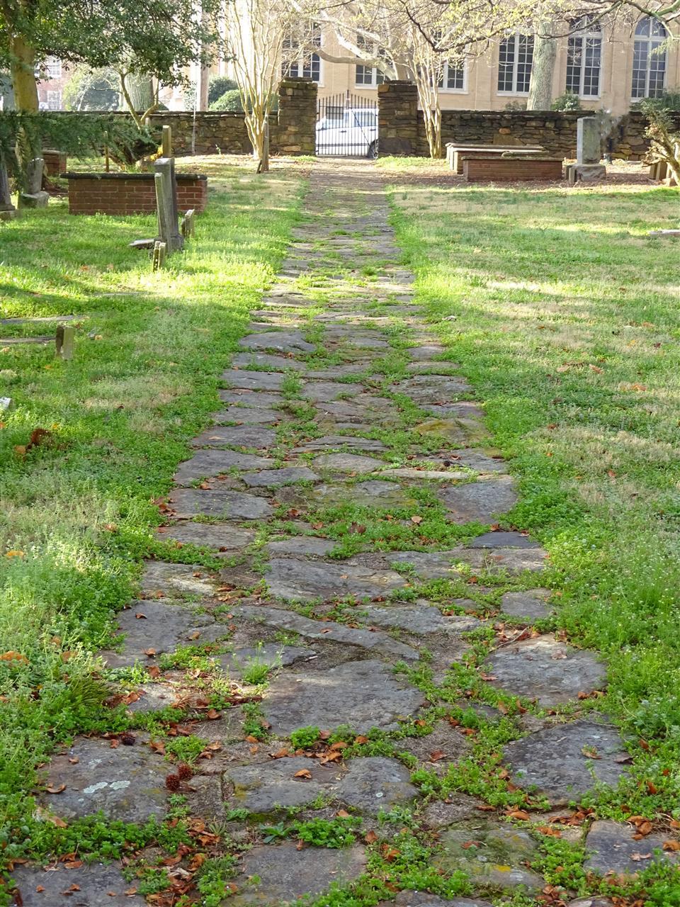 Fourth Creek Cemetery establish in 1758 in Statesville, NC #Statesville #NC #FourthCreekCemetery