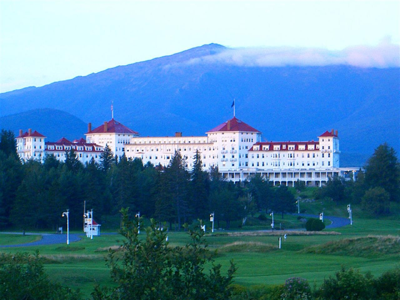 Mt. Washington Hotel, Bretton Woods, NH This iconic Hotel with Mt. Washington as its backdrop, is a popular destination for skiing, hiking, golfing, a spa day, or just hanging out. Truly beautiful!