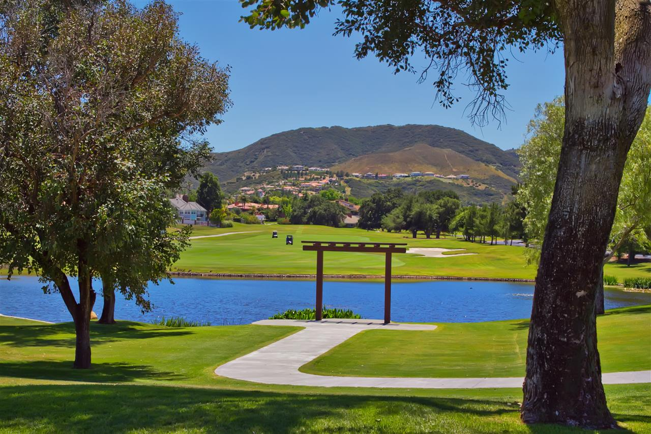 Gated community of Bear Creek in Murrieta